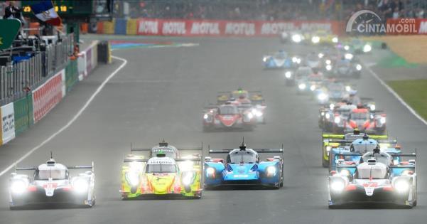 Suasana start Le Mans 24 jam 2019