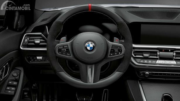 Suasana interior BMW M340i Touring M Performance