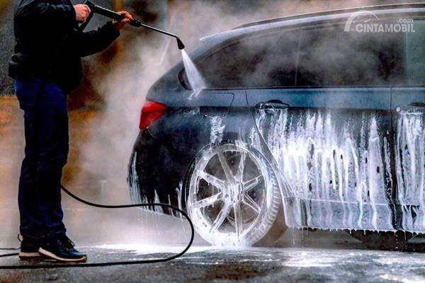 3 Bagian Mobil yang Haram Terkena Semprotan Air Bertekanan Tinggi
