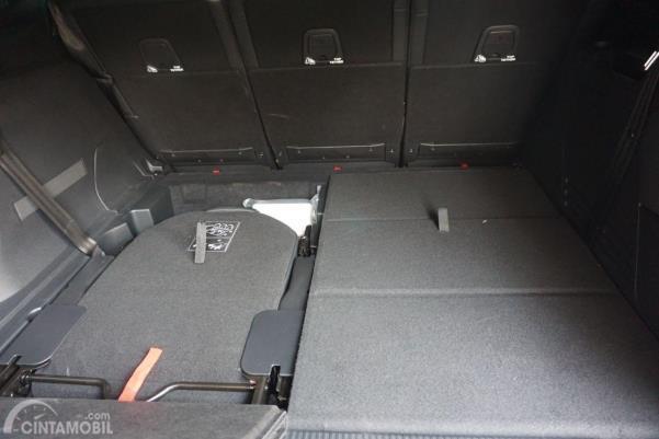 Bagasi New Peugeot 5008 2020 cukup luas jika saat bangku baris ketiga dilipat