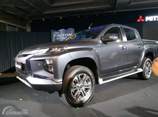 Mitsubishi New Triton Ultimate D-Cab berdiri sebagai kasta tertingginya dan dibanderol harga paling mahal