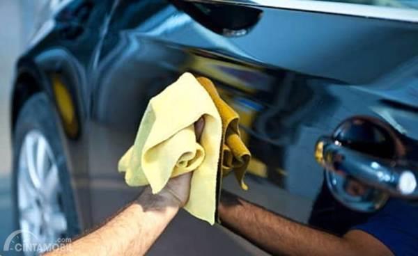 Kenali 3 Jenis Kain Lap Mobil yang Wajib Anda Miliki