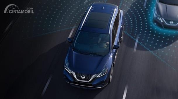 Blind Spot Warning Nissan Murano 2019 mampu menghidupkan notifikasi ketika ada kendaraan berada di titik buta