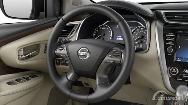 Setir Nissan Murano 2019 dikemas apik dengan model empat palang