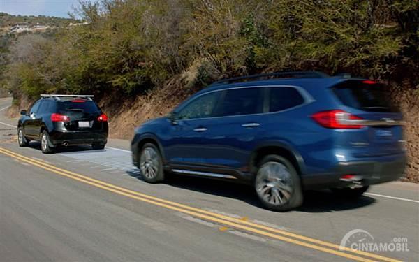 Berkendara Aman, Mari Pahami Jarak Pengereman Mobil Berbanding dengan Kecepatan