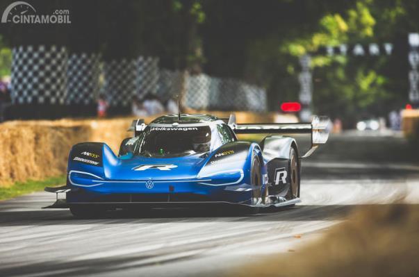 Volkswagen ID.R beraksi di Goodwood Festival of Speed 2019