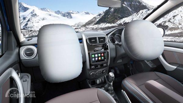 airbag Renault Duster 2019 berwarna putih