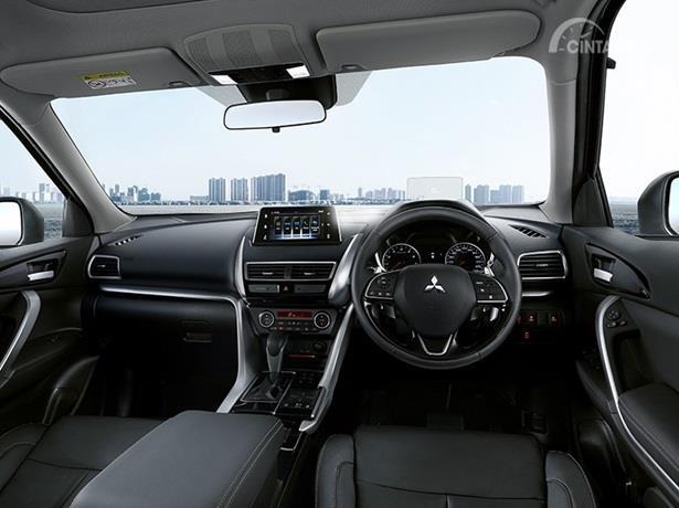 Interior Mitsubishi Eclipse Cross hadir dengan tampilan yang elegan serta Premium