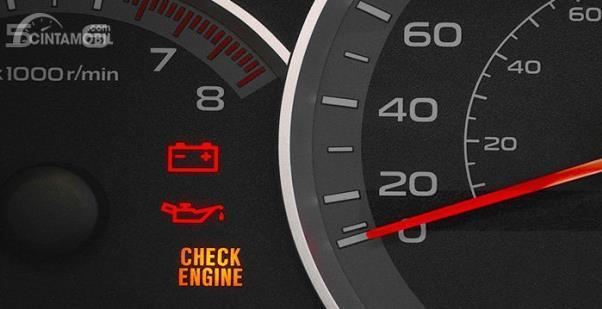 Kondisi check engine mesin menyala