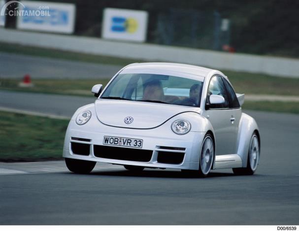 VW New Beetle RSi warna Silver Arrow Metalic