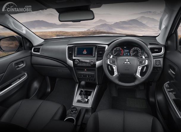Dashboard Mitsubishi Triton Absolute 2019 dikemas dengan nuansa elegan dan dilengkapi banyak fitur