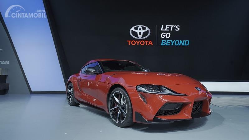 Toyota Supra 2019 berwarna merah di GIIAS 2019