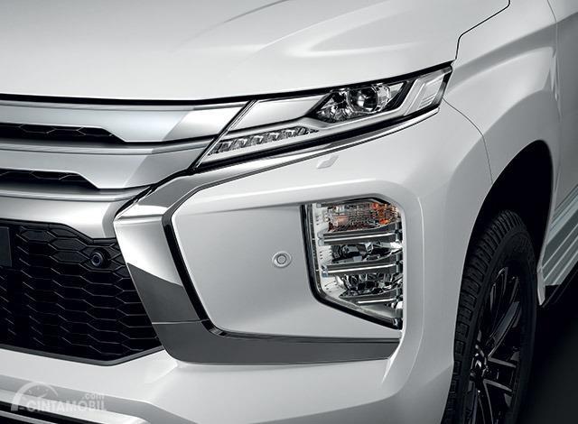 Gambar bagian Lampu depan dan fog lamp New Mitsubishi Pajero Sport 2019