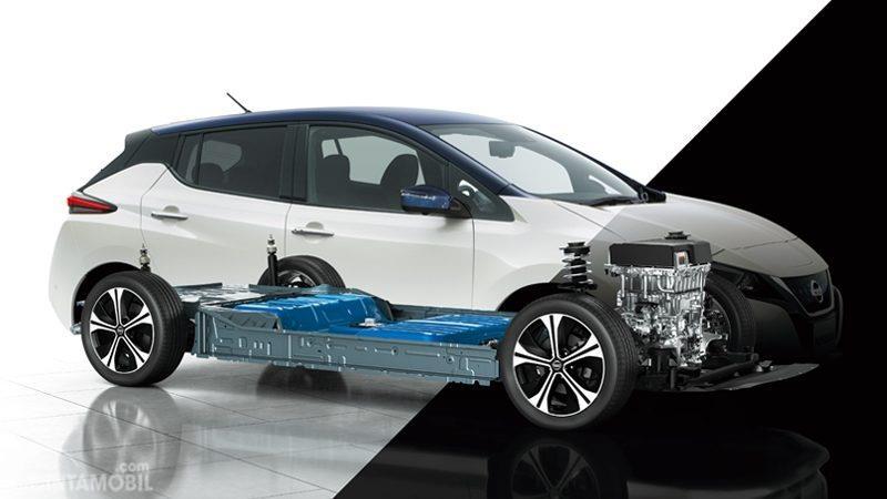 Gambar menunjukkan motor listrik pada mobil Nissan Leaf 2019