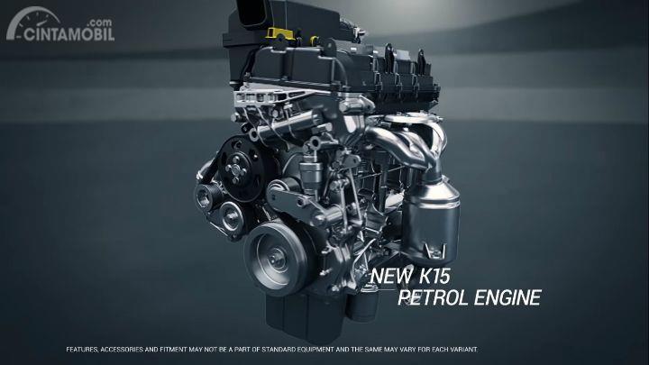 mesin Suzuki Ertiga berwarna perak