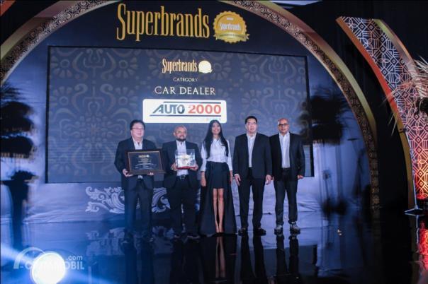 Auto2000 Raih Penghargaan Superbrands 2019