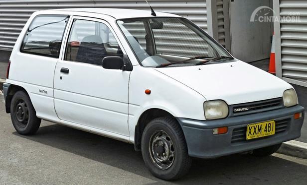 Daihatsu Mira adalah Kei Car yang dijual di pasar Jepang