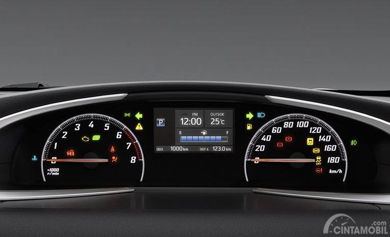 Gambar menunjukkan desain bagian Multi Information Display Toyota Sienta Q Limited CVT 2017