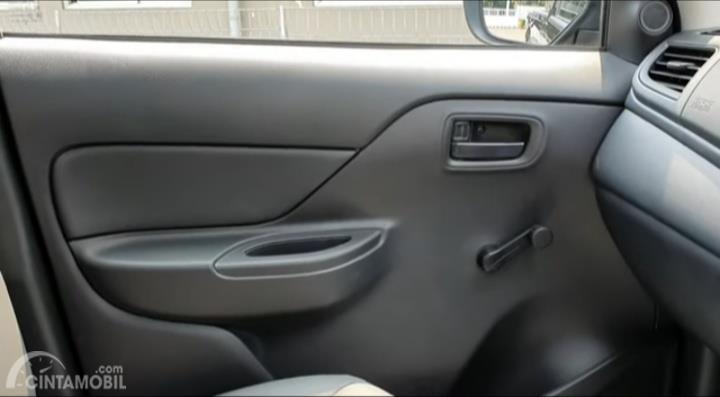 Tampak panel trim Mitsubishi New Triton HDX S-Cab 4WD M/T 2019