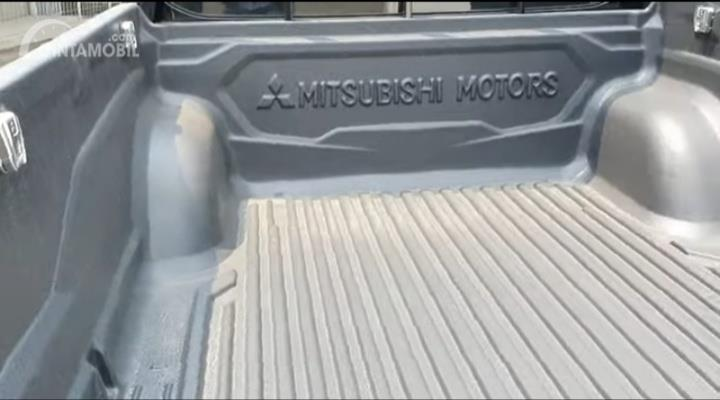 Gambar menunjukkan Bak Angkut Mitsubishi New Triton HDX S-Cab 4WD M/T 2019