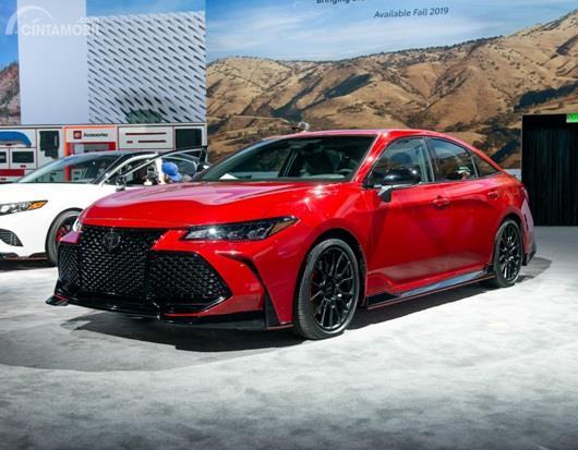 Toyota Avalon TRD Los Angeles Auto Show 2018 hadir dengan Camry yang juga dikemas dalam model TRD