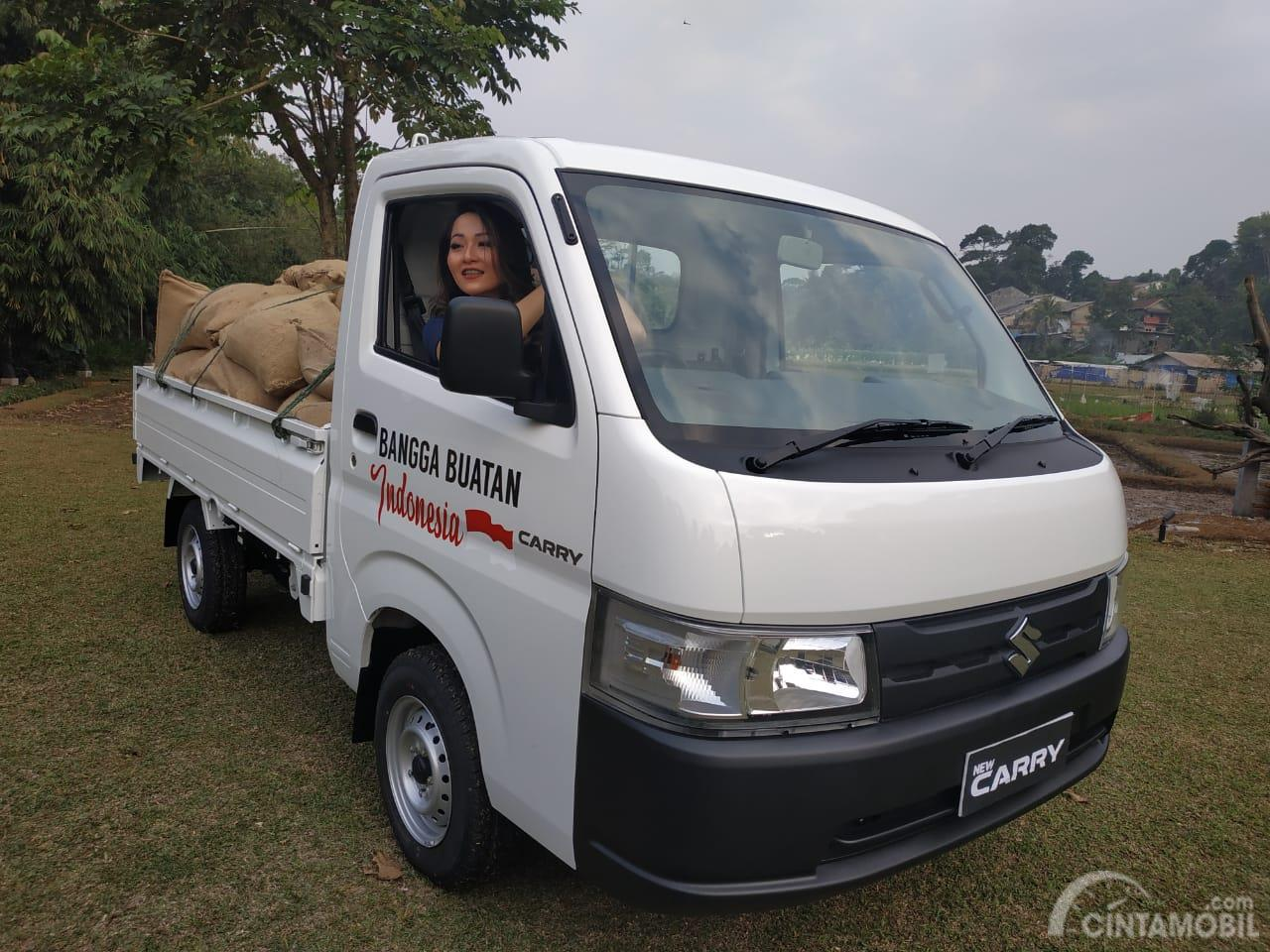 Tampak tampilan depan Suzuki New Carry Pick Up Wide Deck 2019