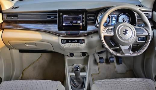 Foto dasbor dan interior All New Suzuki Ertiga