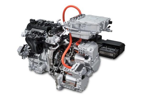 Foto mesin bensin dan motor listrik pada Nissan Note e-Power
