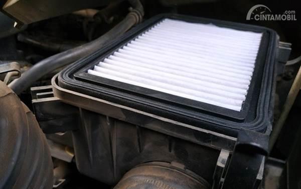 filter udara mesin mobil