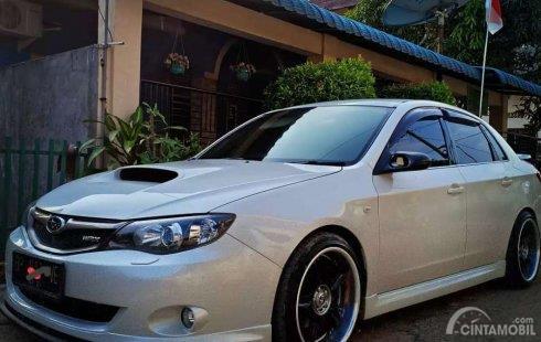 Subaru Impreza 2012 berwarna putih