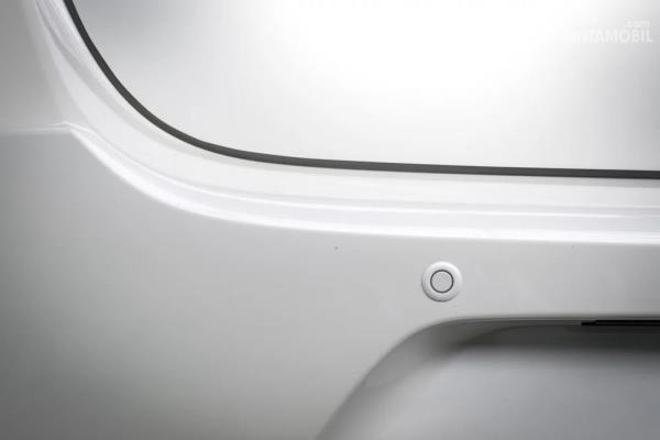 Posisi sensor mobil di belakang