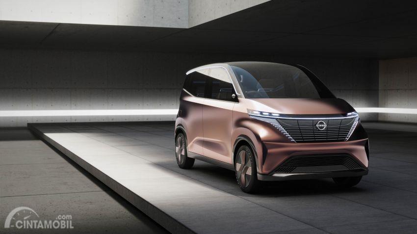 mobil konsep baru Nissan IMk 2019 berwarna emas