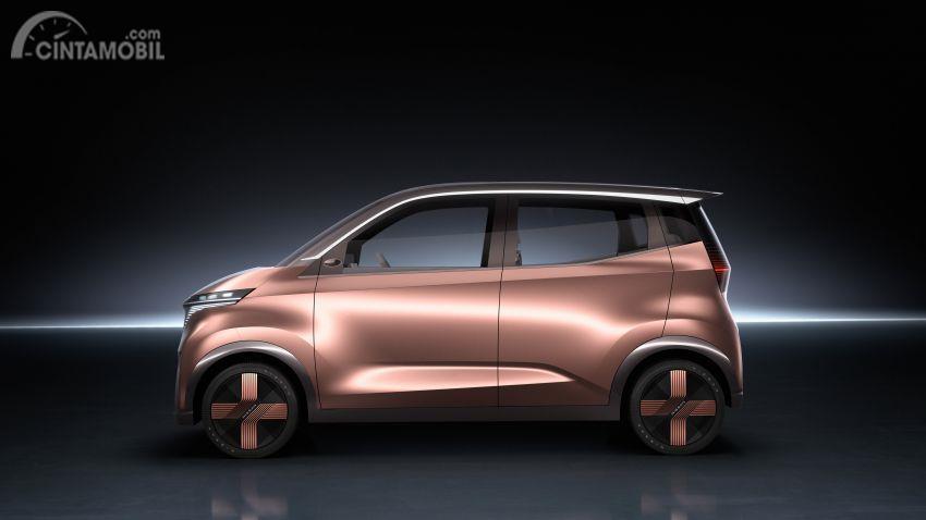 tampilan samping Nissan IMk 2019 berwarna emas