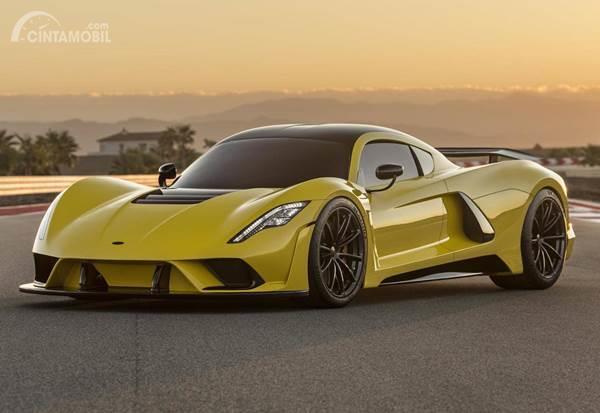Venom F5 Yellow Front