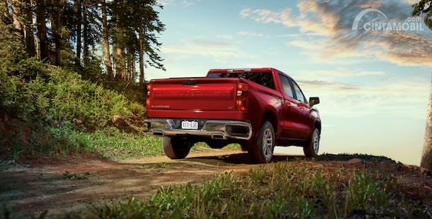 Eksterior Belakang Chevrolet Silverado 2020 punya tampilan mewah dan juga kokoh