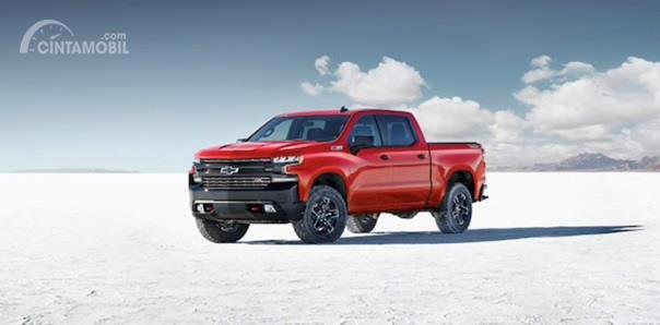 Operasi Mesin Chevrolet Silverado 2020 ditopang dengan kapasitas silinder 6.2 Liter V8 berdaya 420 HP