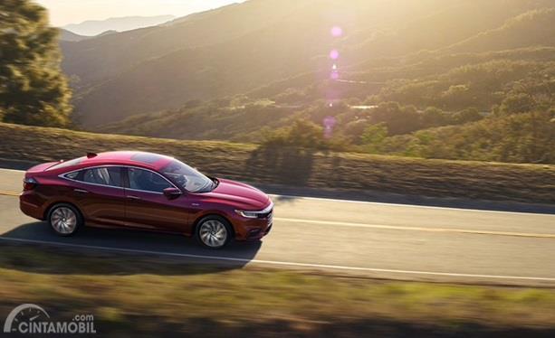 Fitur Honda Insight 2020 sudah dibekali teknologi keselamatan canggih dan pengereman lengkap