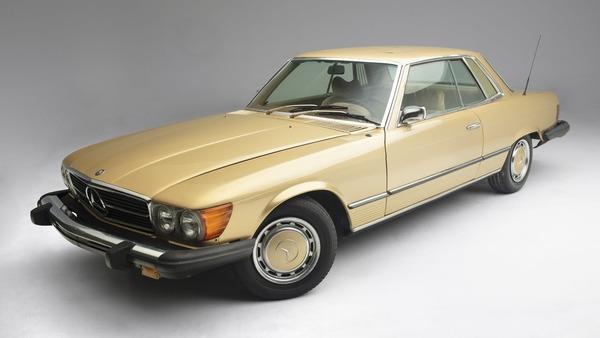 Kemunculan Pertama Mercedes-Benz 450 SLC Eks Elvis Presley Di Hadapan Publik Dan Siap Dilelang Dengan Harga Fantastis