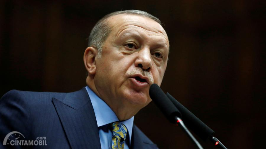 Investasi Volkswagen, Presiden Turki Instruksikan Bawahannya Kendarai Volkswagen Passat
