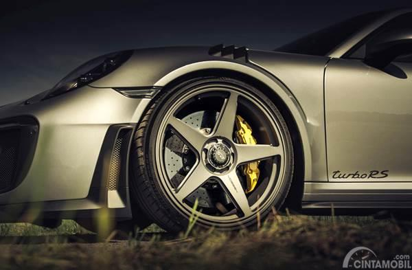 Vossen wheel on Porsche