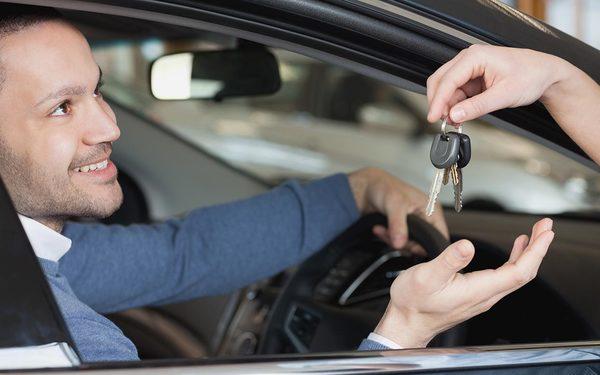 Setelah Membeli Mobil Bekas Impian, Ini Yang Harus Anda Lakukan Selanjutnya