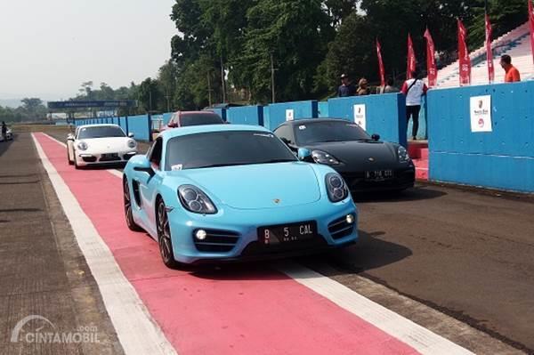 Porsche Club Indonesia Ajak Konsumen Pertamax Turbo Taxi Drive di Sirkuit Sentul