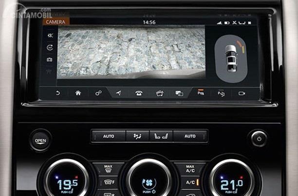 Audio Land Rover Discovery sudah didukung dengan Meridian Speaker sehingga suara yang dihasilkan terasa jernih