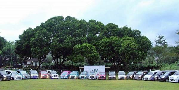 deretan mobil Suzuki Karimun Wagon R