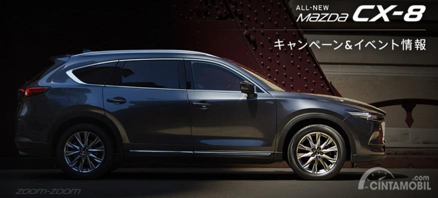 mobil baru Mazda CX-8 2020 berwarna hitam di Jepang