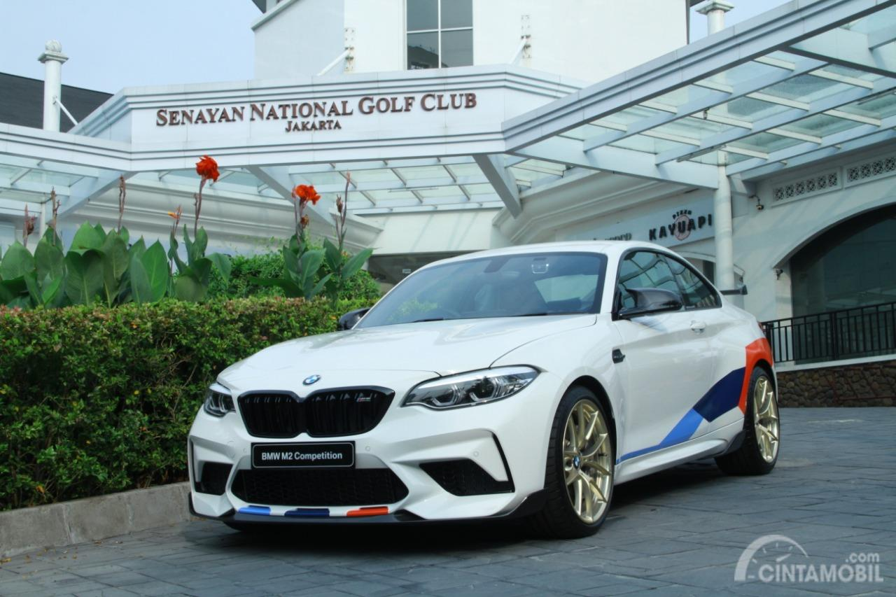 Foto BMW M2 Competition sudah dipasang aksesoris BMW M Performance Parts