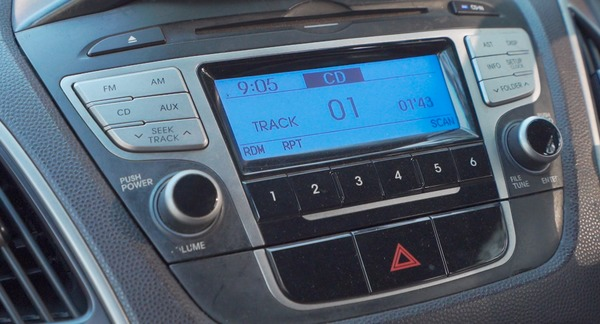 Foto head unit Hyundai Tucson GLS 2012