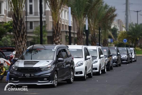 Honda Mobilio konvoi
