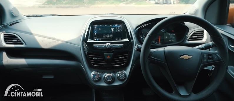 Gambar menunjukan Interior Chevrolet Spark