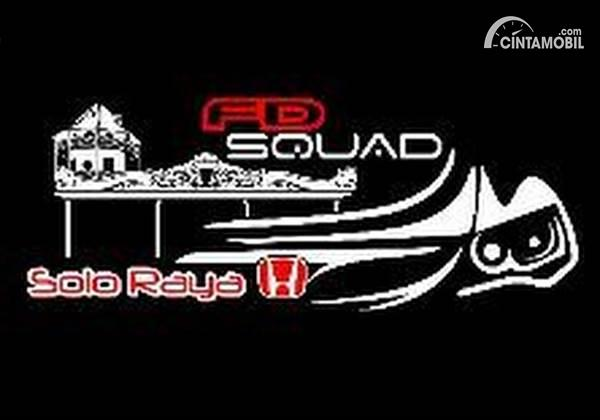 Keluarga Komunitas FD Squad Solo Raya Liburan ke Pantai Depok